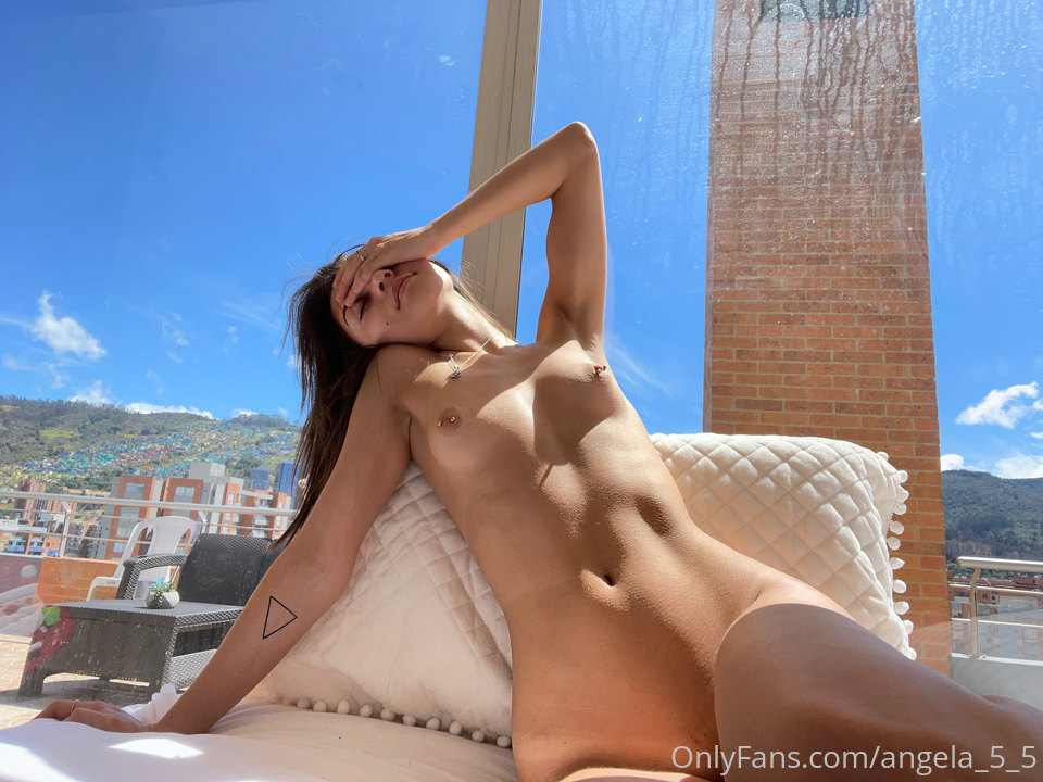 Angela_5_5 Leaked Nude Onlyfans Content (30 Photos & 5 Videos)
